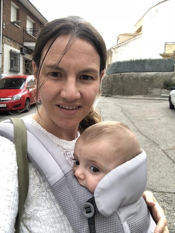 imprescindibles bebe hasata 6 meses mochila porteo ergobaby adapt miniexplorers.es